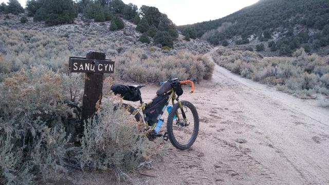 Nye Canyon, traverse to Sand Canyon